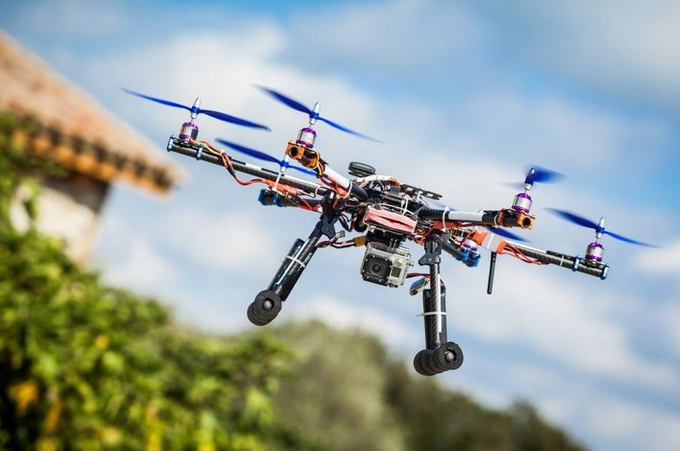 Studenci z Politechniki Wrocławskiej zawody dron